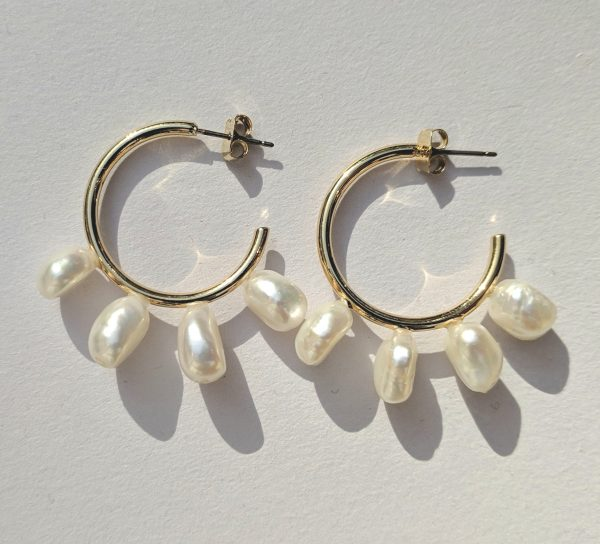 Lova Pearl Hoop Earrings